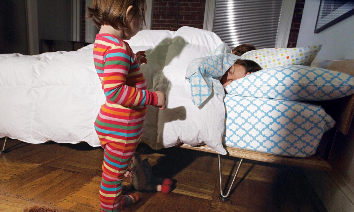 När ska barn sova i eget rum